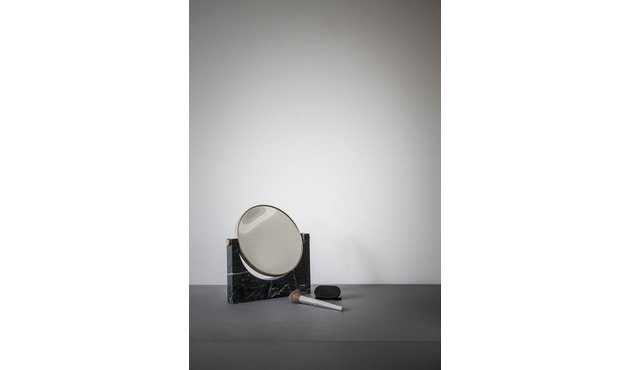 Menu - Pepe Marble Kosmetikspiegel - Messing/schwarz - 7
