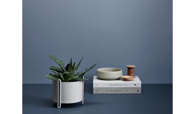 Woud - Pidestall Blumentopf - Small, grey - 3
