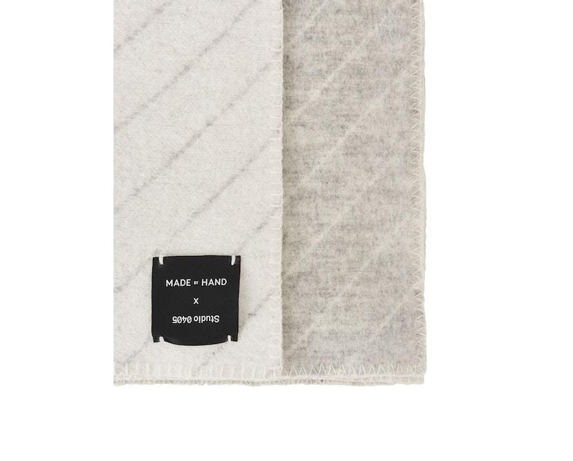 Made By Hand - PINSTRIPE THROW Decke - white - 3