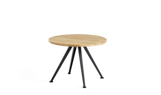 HAY - Pyramid Coffee Tisch 51 - Eiche geölt - Gestell schwarz - Ø 60 - 1