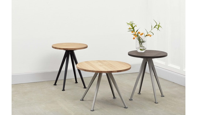 HAY - Pyramid Coffee Tisch 51 - Eiche geölt - Gestell schwarz - Ø 60 - 3