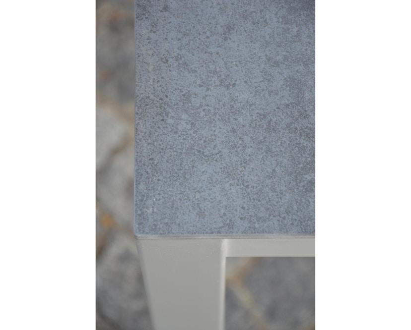 Jan Kurtz - Quadrat Tisch - Keramik - Gestell weiß - 80 x 50 - anthrazit - 3