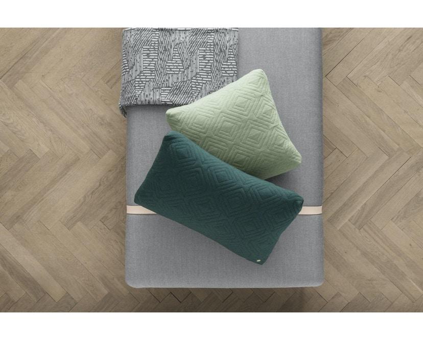 ferm LIVING - Quilt Kissen - dunkelgrau - 40 x 25 - 7