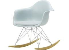 Eames Plastic Armchair RAR mit Sitzpolster
