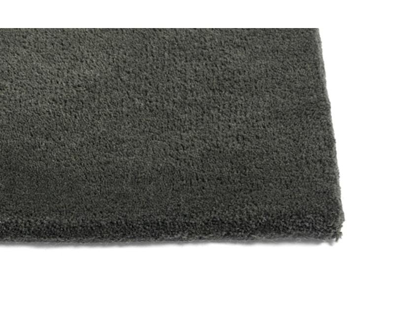 HAY - Teppich Raw Rug No 2 - dunkelgrün - 1