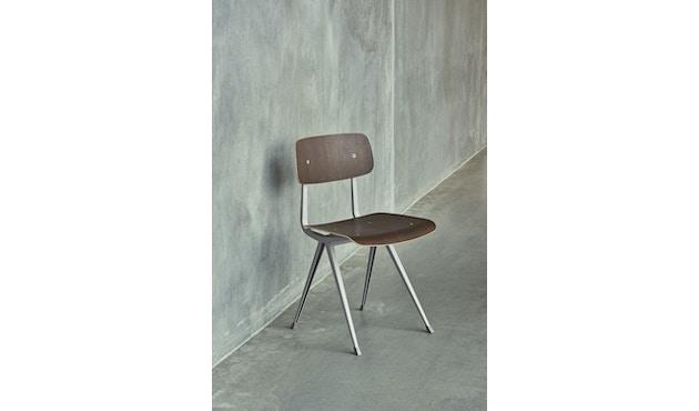 HAY - Result Stuhl - geölte Räuchereiche - Gestell beige mit Kunststoffgleitern - 3