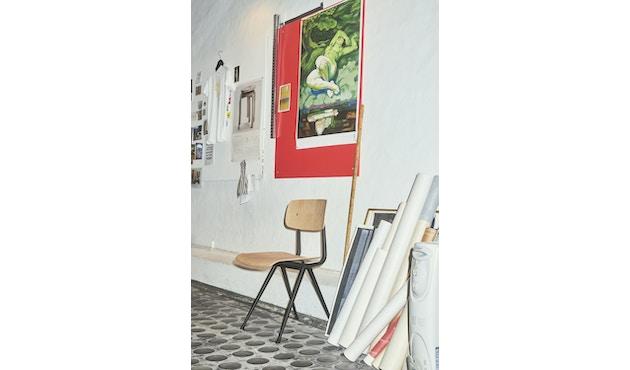 HAY - Result Stuhl - Eiche klar lackiert - Gestell schwarz mit Kunststoffgleitern - 9