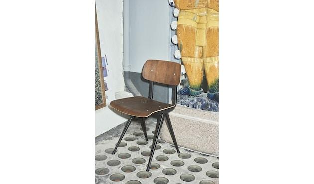 HAY - Result Stuhl - Eiche klar lackiert - Gestell schwarz mit Kunststoffgleitern - 10