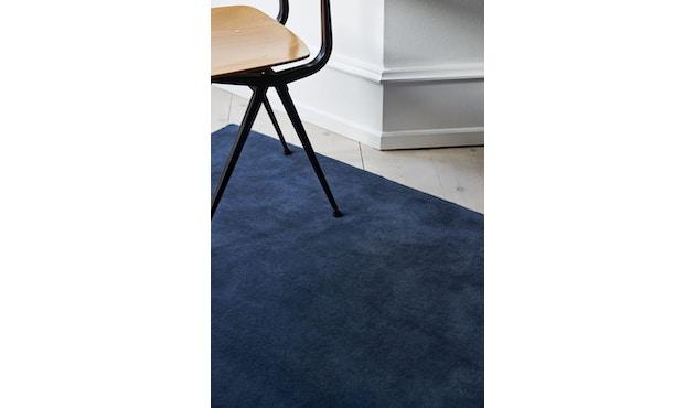 HAY - Teppich Raw Rug No 2 - mitterachtsblau - 5