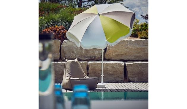 Retro Sonnenschirm mit Fransen