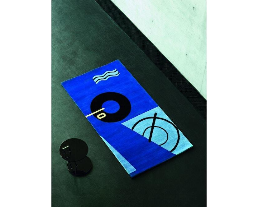 Classicon - Occasional Table - schwarz hochglanz - rund - 4