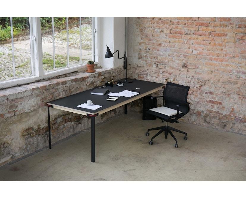 Moormann - Seiltänzer Tisch - Laminat weiß rotes Seil - 90 x 90 - 11