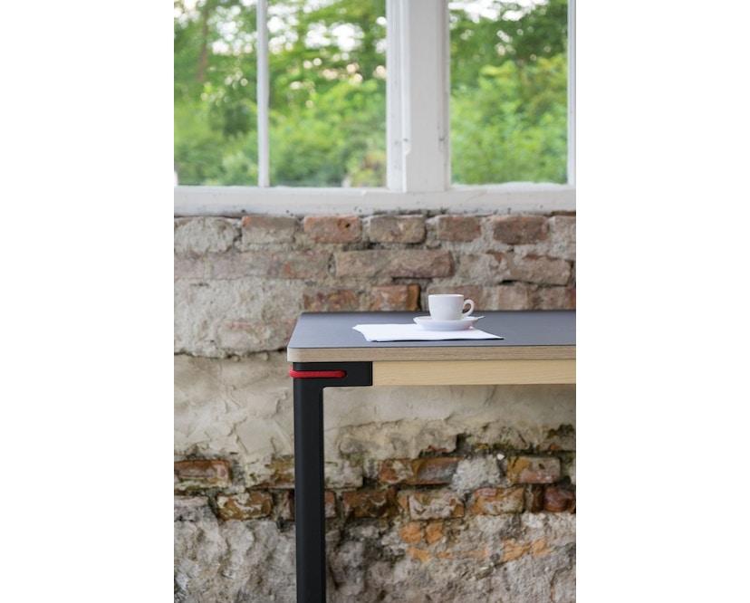 Moormann - Seiltänzer Tisch - Laminat weiß rotes Seil - 90 x 90 - 13