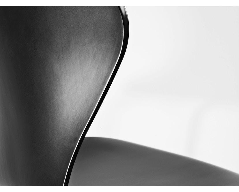 Fritz Hansen - Collection Sieben 3107 - vernis - verni noir - 3