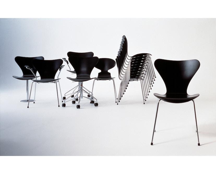 Fritz Hansen - Collection Sieben 3107 - vernis - verni noir - 5