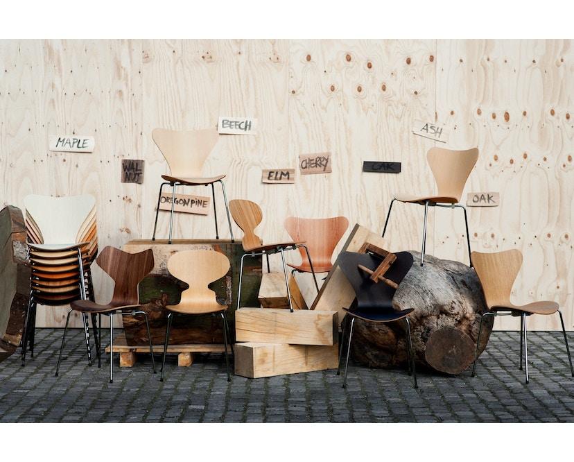 Fritz Hansen - Série Sieben 3107 - couleur bois - Noyer - 6