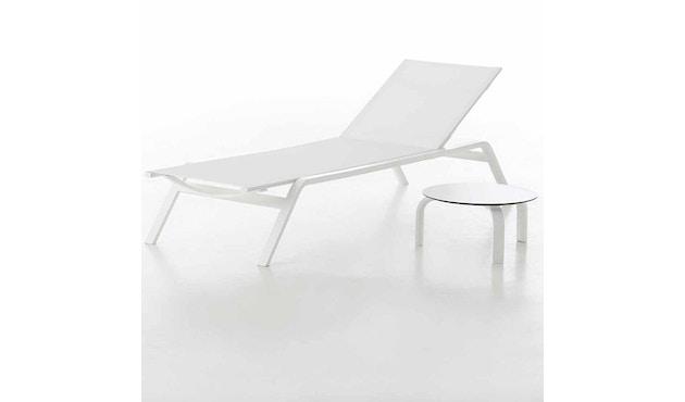 Gandia Blasco - Stack Liegestuhl - Gestell weiß - weiß - 2