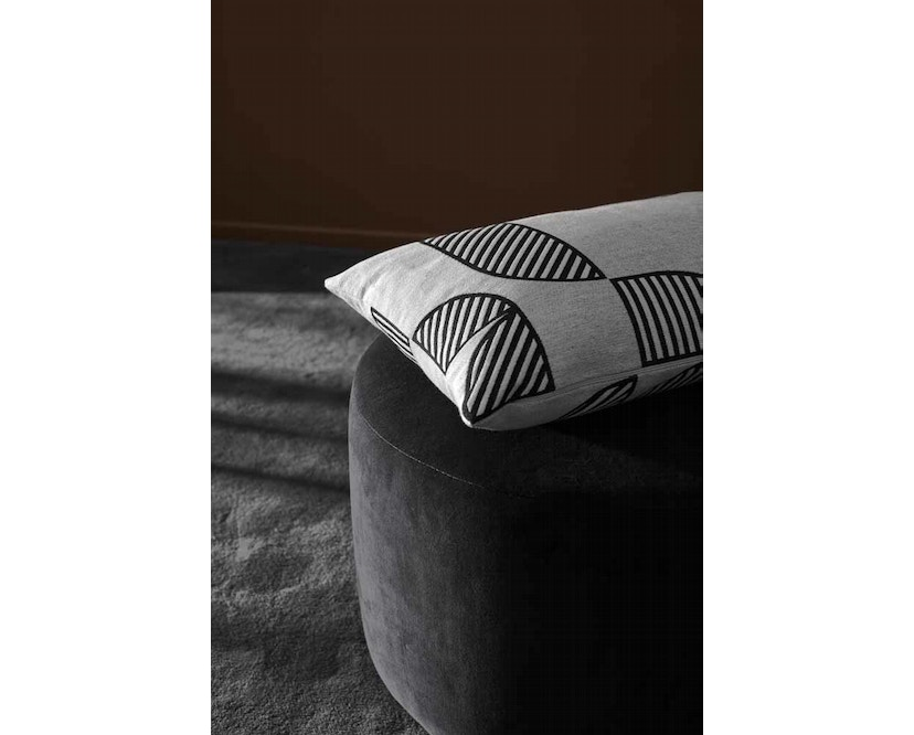 AYTM - Stilla Pouf - Anthracite - 3