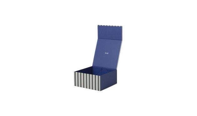 ferm LIVING - Gestreifte Box - carré - vert/blanc - 1