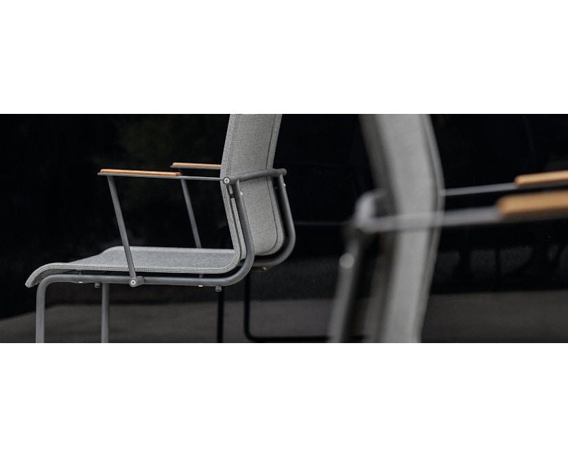 Gloster - Sway Armlehnstuhl - Gestell weiss - weiss - 2
