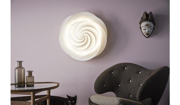 Le Klint - Swirl plafond-/wandlamp - wit - S - 10
