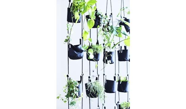 TRIMM Copenhagen - Vertical Flowerpots, black - 2