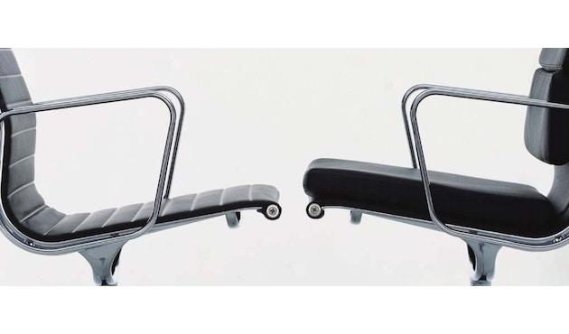 Vitra - Aluminium Chair - EA 116 - 7