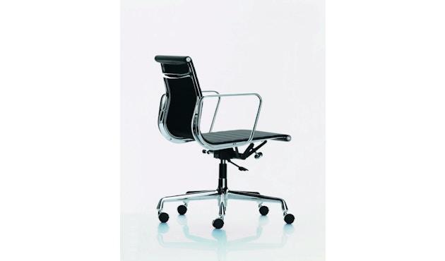 Vitra - Aluminium Chair - EA 117 - 4