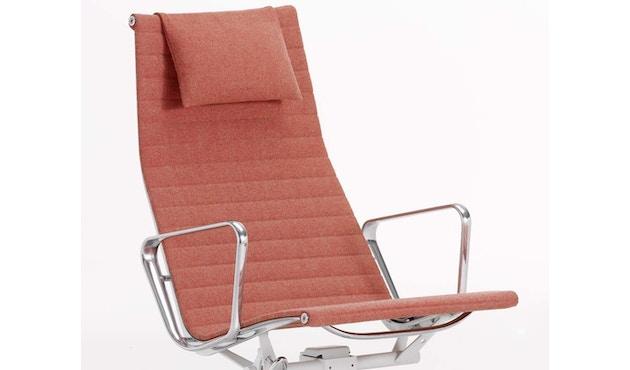 Vitra - Aluminium Chair - EA 124 - 8