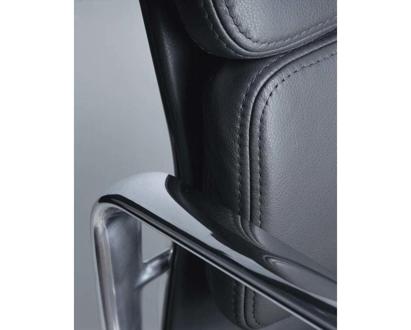 Vitra - Aluminium Chair - Soft Pad - EA 219 - 3
