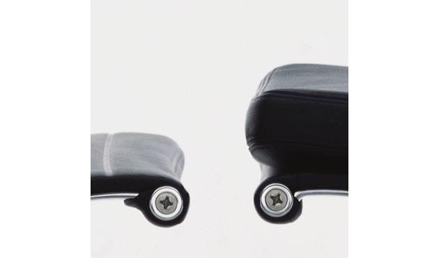 Vitra - Aluminium Chair - Soft Pad - EA 219 - 6