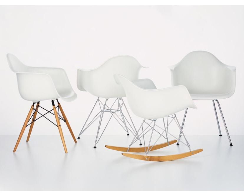 Vitra - DAR Eames Plastic Armchair - weiß - 5