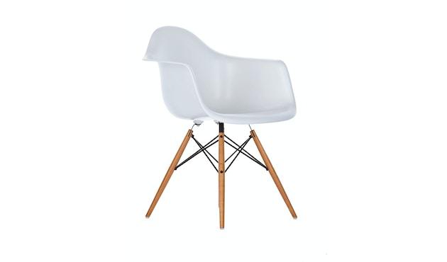 Vitra - DAW Eames Plastic Armchair - weiss - Sitzhöhe 43 cm - 1