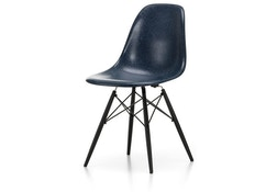 Eames Fiberglass Side Chair DSW