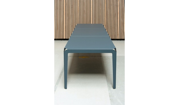 Bended Tisch